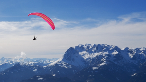 Parapenting in Morzine and Les Gets