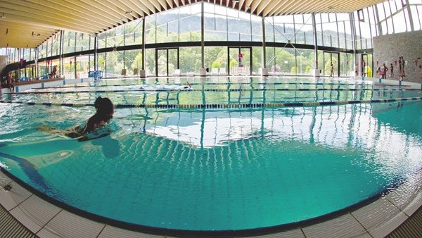 Swimming pools in Morzine and Les Gets