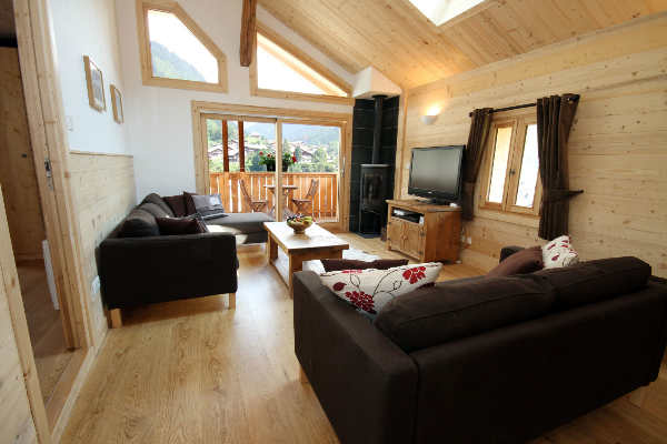 Chalet Jouet, large central Morzine chalet apartment